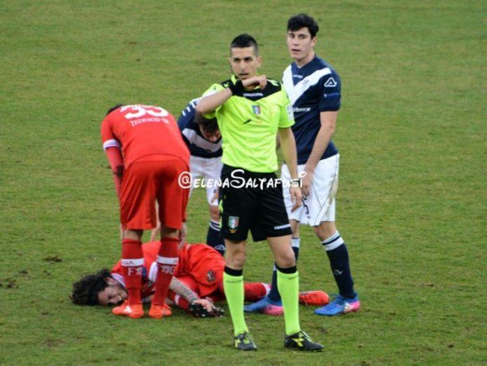 A Benevento c'è Marinelli: ecco i precedenti col Grifo. Sarà l'arbitro di Tivoli a dirigere il match in terra campana. Con lui Perugia mai vittorioso in trasferta