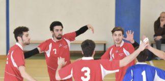 Cus Perugia: cresce l'interesse per il volley. La società biancorossoblu riscontra un buon numero di partecipanti all'insegnamento della disciplina pallavolistica