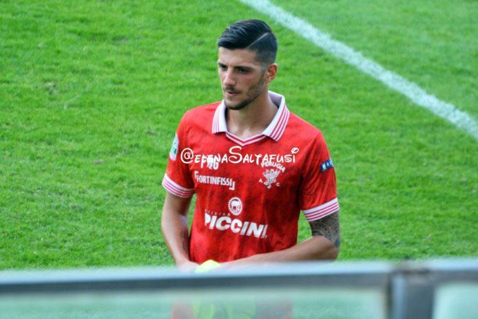 Perugia: senza Bandinelli altra chance per Emmanuello? Il centrocampista è stato fermato per un turno dal giudice sportivo. L'ex Vercelli titolare a Salerno?