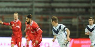 Dopo mesi di buio...il Grifo rivede la luce. Con la vittoria nel recupero col Brescia il Perugia ritorna nella griglia play-off. E il 3-5-2 dà sempre più garanzie
