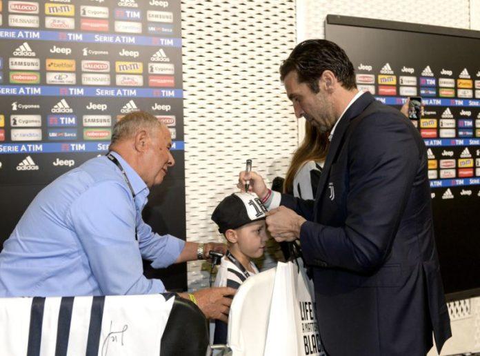 Giornata memorabile per Gabriele grazie all'associazione Giacomo Sintini. Il piccolo tifoso bianconero ospite degli idoli della Juventus. L'ex pallavolista: