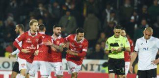 Aureliano e Grifo: per la 14esima volta faccia a faccia. L'arbitro bolognese dirigerà il match con lo Spezia. L'ultima volta fu 1-1 a Cesena