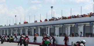 """""""Meeting in pista FMI"""": successo a Magione. La manifestazione ha portato all'Autodromo dell'Umbria oltre 280 piloti. Spettacolo nel Trofeo Guzzi Fast Endurance e con la long-race da quattro ore"""
