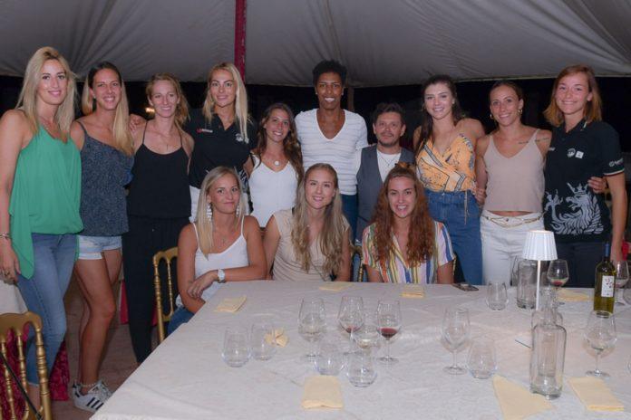 Con la cena di benvenuto parte ufficialmente la stagione della Bartoccini. Coach Bovari:
