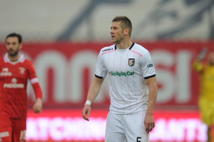 Rajkovic - Perugia: la situazione. Goretti ha puntato il serbo come unica opzione per sostituire Angella. Ma il suo ingaggio è da top e la concorrenza non manca
