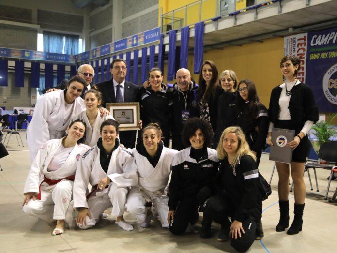 Il Sakura fa incetta di medaglie al Campionato Nazionale. La società ponteggiana di judo ha raccolto un totale di 24 medaglie alla manifestazione di Riccione