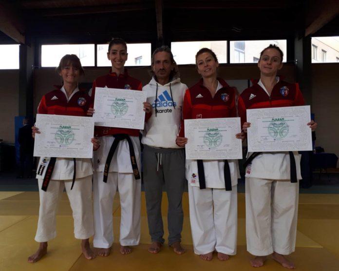 Karate Cus Perugia: è tempo di esami. A Ostia esami di graduazione di fine stagione per le atlete dei tecnici Arena e Baldelli