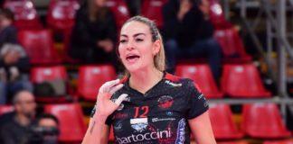 """Capitan Angeloni: """"Peccato per lo stop, la Bartoccini era in un buon momento"""". La schiacciatrice di Perugia: """"A casa mi alleno in diretta social, la cosa mi dà stimolo"""""""