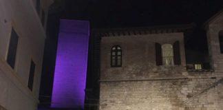 La Torre degli Sciri e la Fontana Maggiore si colorano di viola in ricordo di Kobe Bryan. Accolta la proposta dell'assessore Pastorelli