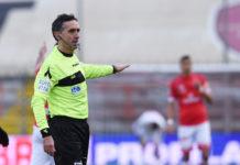 """Al Curi arbitra Aureliano: con lui tante """"x"""". Sarà l'arbitro bolognese a dirigere la sfida che decreterà la salvezza o meno del Grifo. 14 precedenti per i biancorossi di cui ben 7 pareggi"""