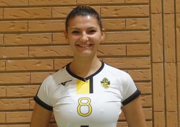 La School Volley Perugia conferma la sua presenza in B2. Ai saluti la centrale Alexandra Mitu