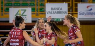 Buona la prima per Mazzanti: la Bartoccini ritrova la vittoria. Per le perugine successo al tie-break nello scontro diretto contro Brescia