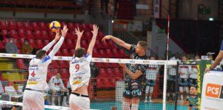 Play-off: la Sir trova Milano. Gli ambrosiani eliminano Verona agli ottavi e lanciano la sfida a Perugia per un posto in semifinale